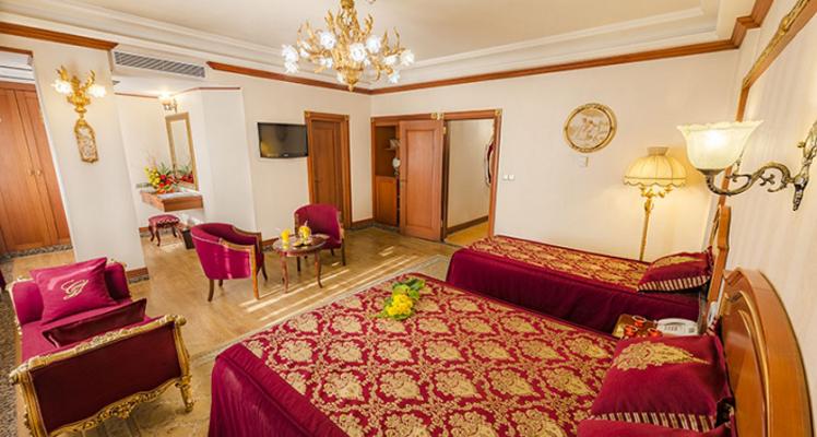 Room12 (1)