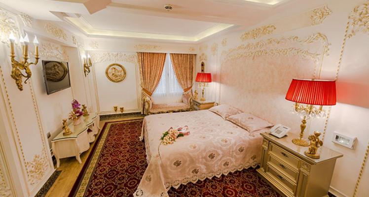 Room9 (1)