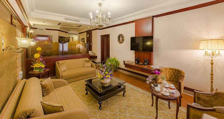 هتل لوکس
